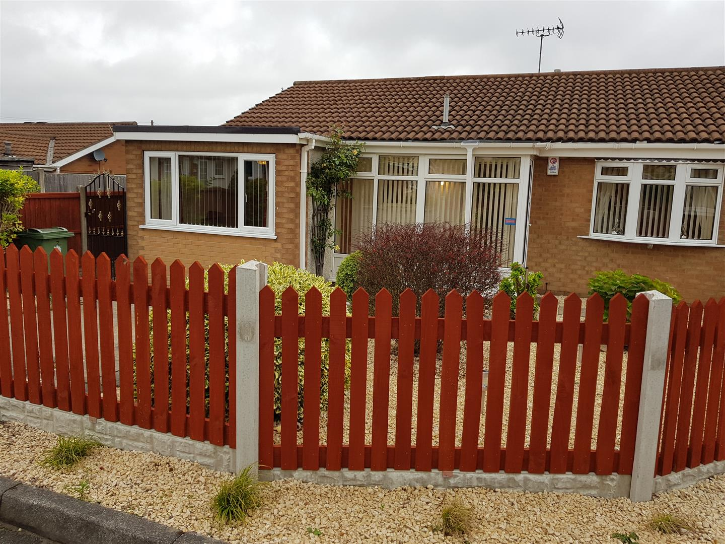 3 Bedrooms Bungalow for sale in Beechwood Close, Forest Town, Mansfield